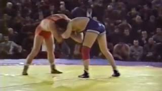 Taram Magomadov (USSR) vs David Schultz (USA), 1987.