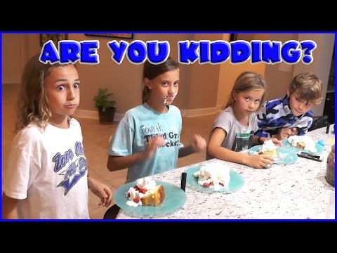 WHIPPED CREAM CHALLENGE AND DRIVE IN MOVIE NIGHT | We Are The Davises