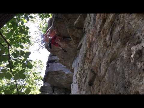 Pulling the Roof - Catfish Stranglehold 5.11A - Reed's Creek