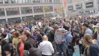420 Toronto Weed Day 2012 COUNT DOWN @ DUNDAS SQUARE(National Weed Day) (JOHNYTIME.COM)