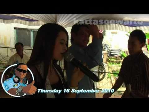 Ayam Jago - Dangdut Party (Puncak, Kuningan 2010)