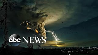 Volcanic lightning, impeachment, Australia bushfires: The Week in Pictures