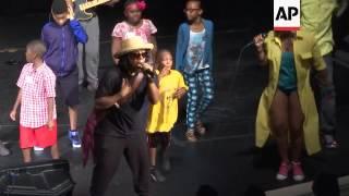Hip hop group Arrested Development talk new music, International Black Film Festival
