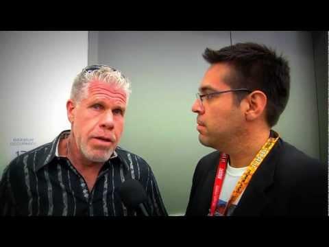 Ron Perlman speaks to Emilio Rivera