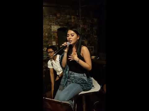 Menghujam Jantungku | COVER Song Tompi | LIVE Performance by NOVIA Aurellya