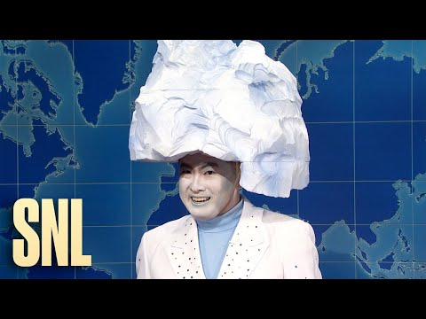 Weekend-Update-The-Iceberg-on-the-Sinking-of-the-Titanic-SNL