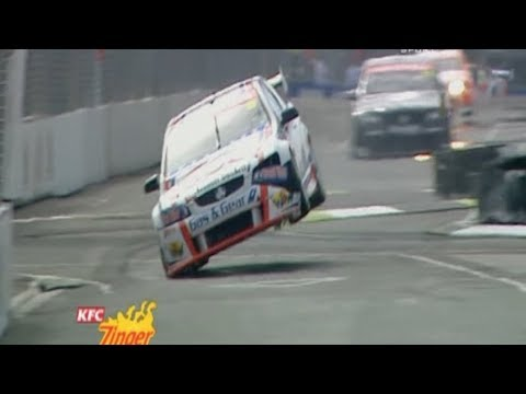Arguably The Best Chicane In Supercars, Hamilton's Turn 4 Chicane