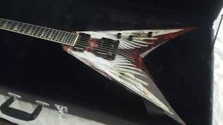 Review: Dave Mustaine Angel of Deth by Dean Guitars