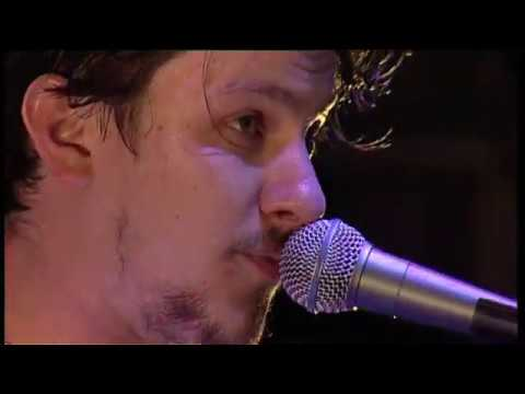 Jamie T & The Pacemakers - Sticks 'n' Stones // Falls Festival 09/10