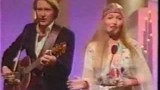 Mary Hopkin / Sundance sing Cottonfields