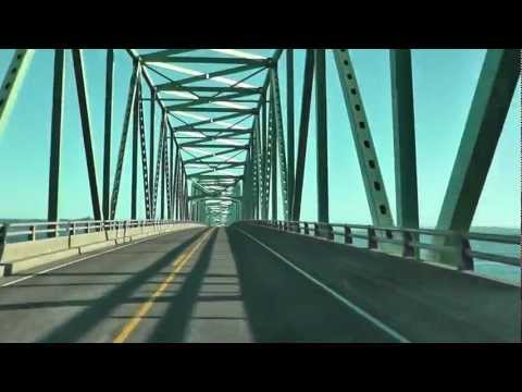 Astoria-Megler Bridge to OREGON (Driving across)