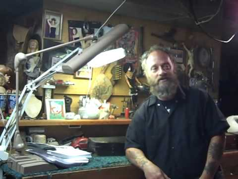 Metal mike Buzzard Junk antiques American reality collectors corner Pickers Junkers MN.