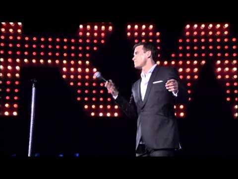 Robbie Williams show 2002  06  Have You Met Miss Jones