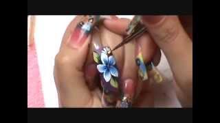 Dise~o a Mano Alzada ( one stroke step by step ) Nails Design thumbnail