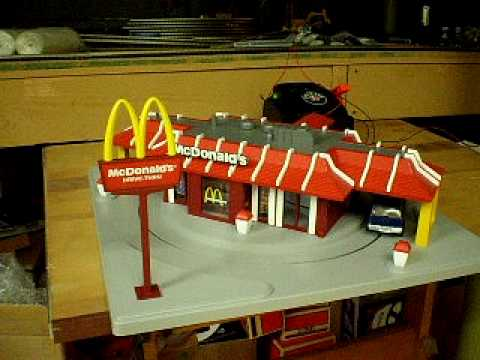 MTH O Scale McDonalds