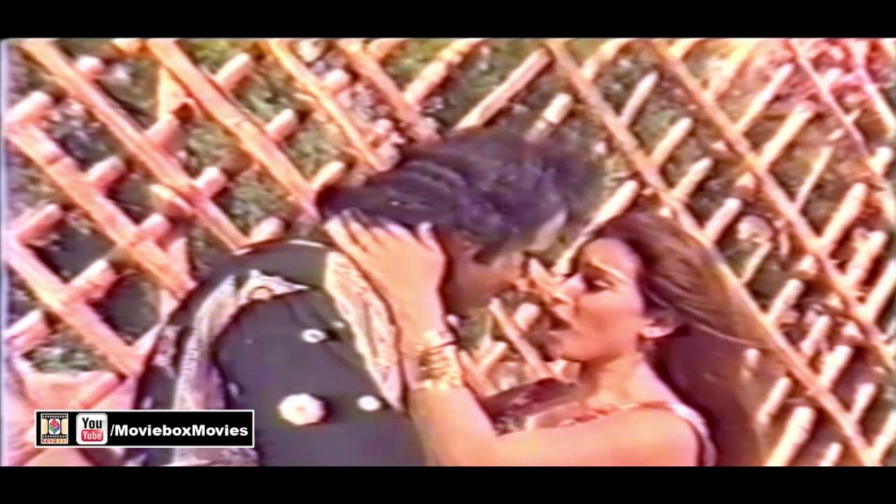 Download LAGI JAB TERE SEENAY - REEMA - PAKISTANI FILM BANARSI CHOR