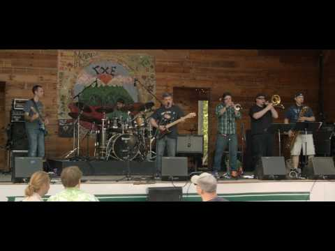 Suke Cerulo Band (5/20/17) Flyday Ho-Down, Blackthorne Resort, East Durham, NY