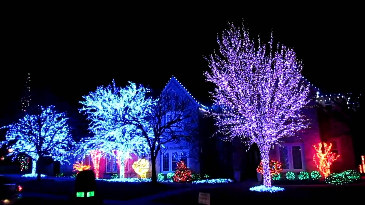 Christmas lights (Edmond, OK) 2010 - YouTube