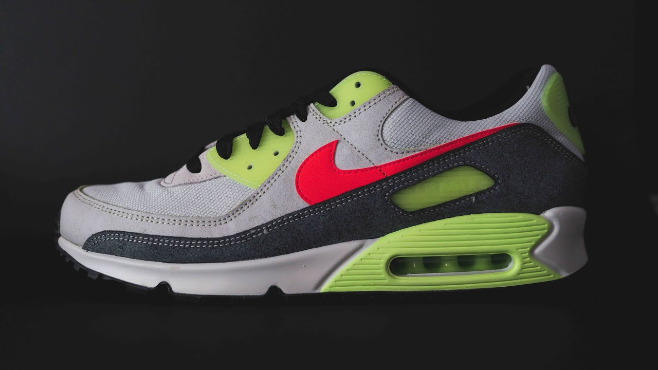 sobrino Al por menor Canal  Unboxing a pair of Nike Air Max 90 N7 & Air Max 90 to go with my Glow in  the dark shirt - YouTube
