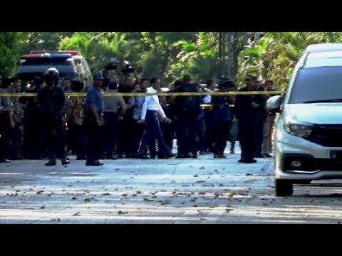 Jokowi Tinjau Paska Rentetan Bom Bunuh Diri Kota Surabaya