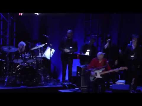CeCe Winans - Hey Devil!  LIVE at Beacon Theatre, NYC