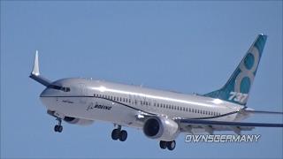 Boeing 737 Max Flying Zig Zags Low Over Runway