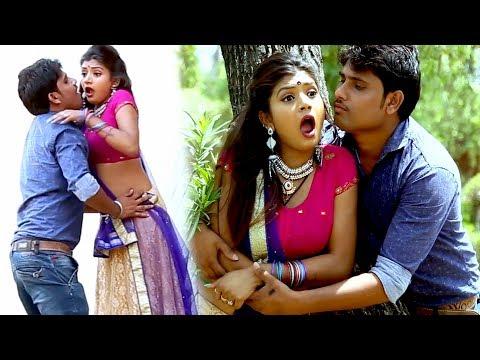 Chumma Se Kam Chala La || चूम्मा से काम चला ला || Mujfar || Super Hit Bhojpuri Lokgeet 2017
