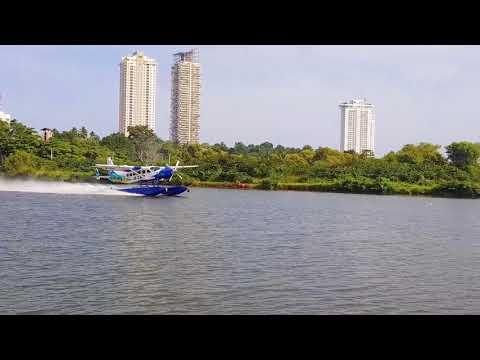 Cinnamon Air's water take-off captured at Waters Edge