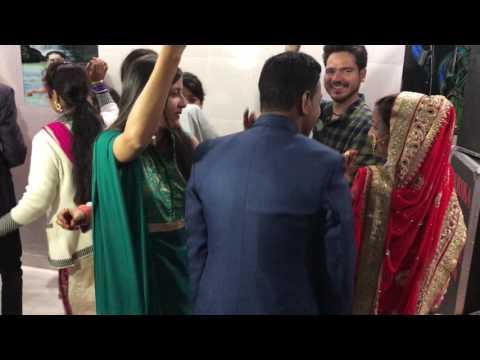 Gadwali song fyonladiya dullha dhulhan beautifull dance by prakash rawat