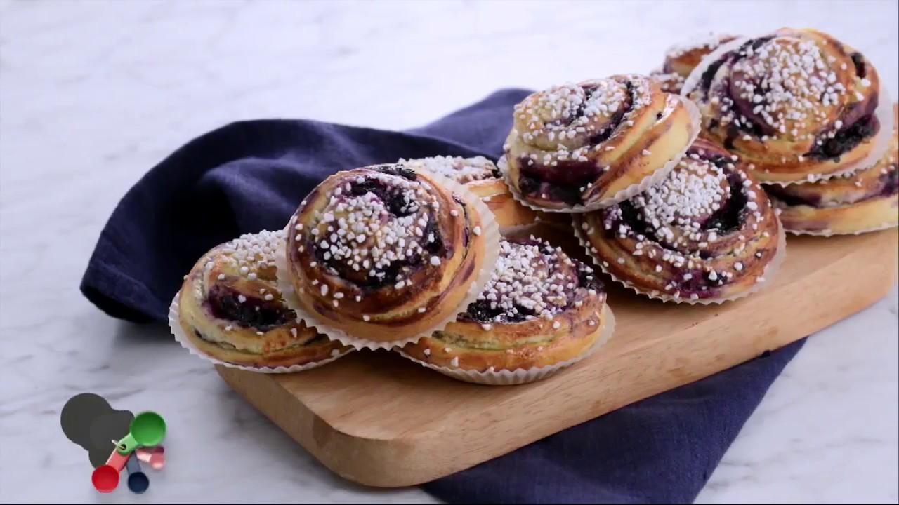 Roy Fares blåbärsbullar med vaniljkräm - Köket - YouTube 90b6ff14cb9b2