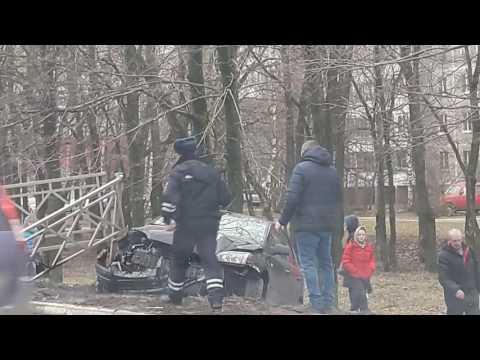 Авария возле Ледового в Чехове 04.04.2017