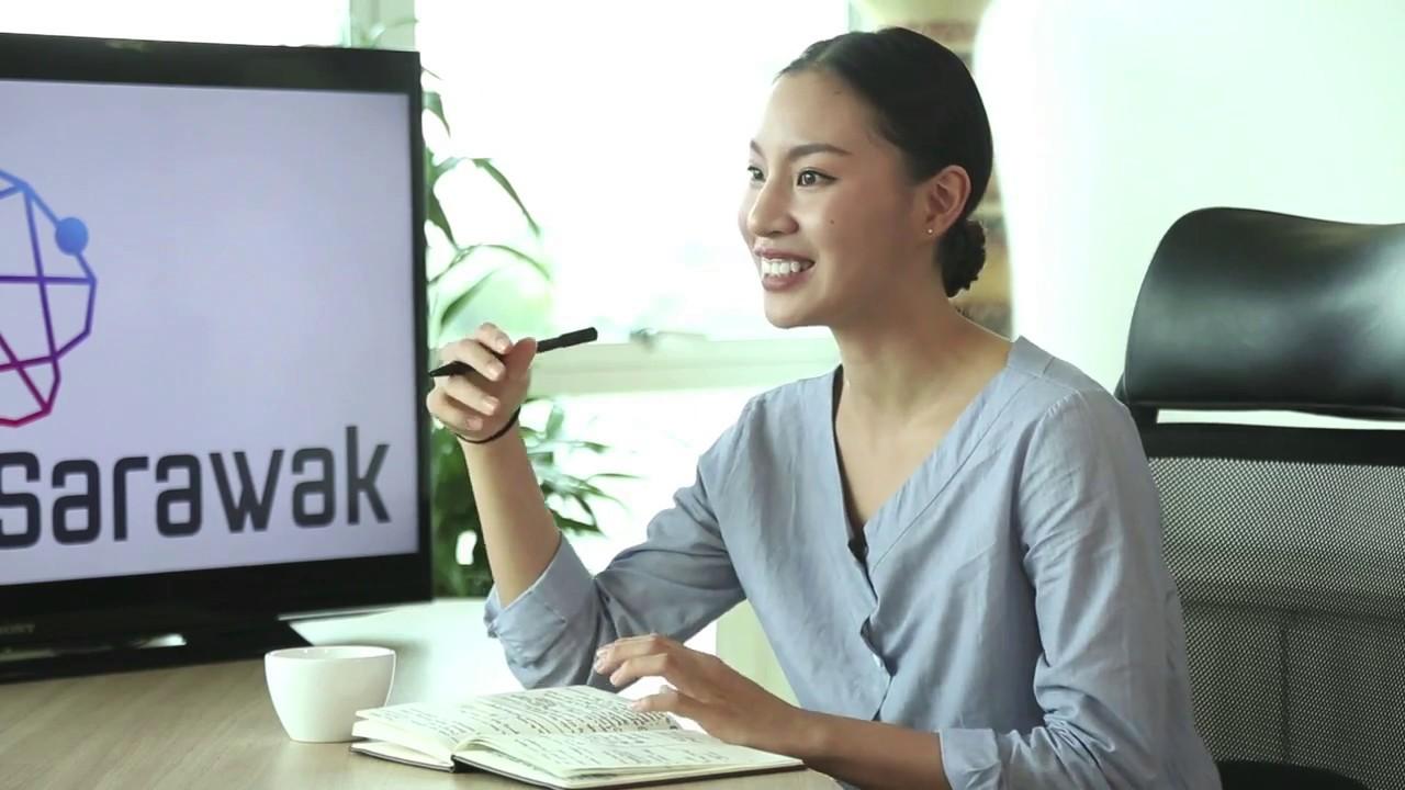 SMART Sarawak talk show with a programmer and software developer Reuben Wee