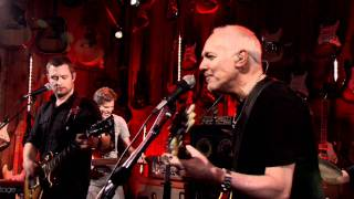 Watch Peter Frampton Show Me The Way video