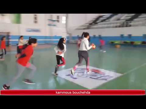 Des exercices pour apprendre le dribble | handball - YouTube