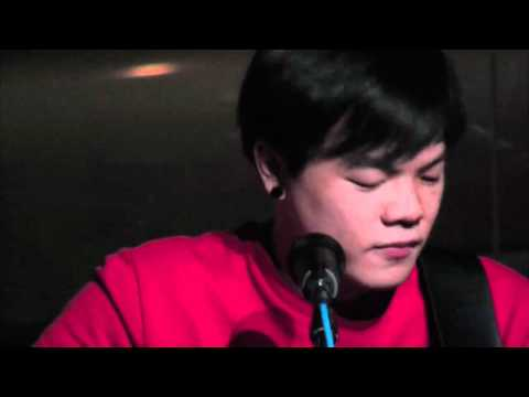 Revision 365 Music Channel: Open Mic Live 2 @the_pigeonhole - Chris Tang
