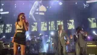 Amy Winehouse - Valerie (Live Nelson Mandela's Birthday 2008