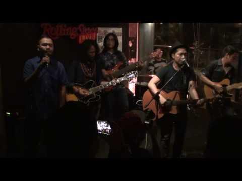 Tentang Perasaanmu - Sandhy Sondoro Feat  Jakarta Blues Factory @ROCK CAMPUS, Rolling Stone Cafe