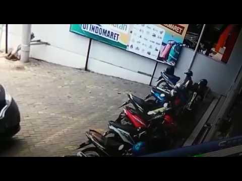 Indomaret Di Jalan Abdul Hakim Dibobol Maling Pemilik