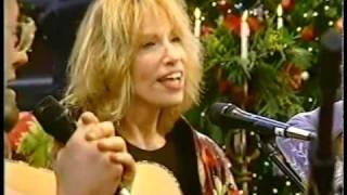 Watch Carly Simon Silent Night video
