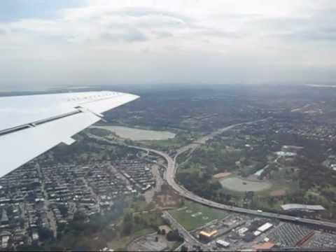 Takeoff from LaGuardia Airport : LGA