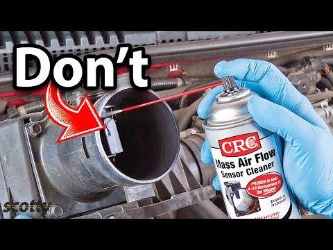 Jangan Pernah Lakukan Ini Saat Membersihkan Sensor Aliran Udara Massal Anda