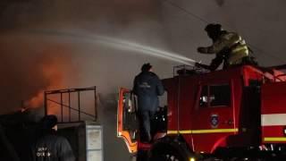Автостоянка такси сгорела в Благовещенске(, 2017-01-04T06:52:56.000Z)