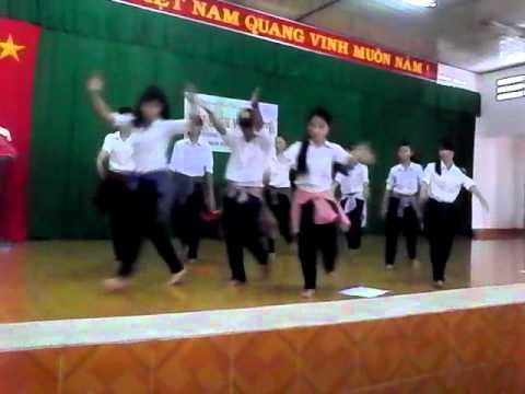 Tiến lên việt nam ơi....Nhảy hiện đại của lớp 10A3 ĐOÀN THỊ ĐIỂM