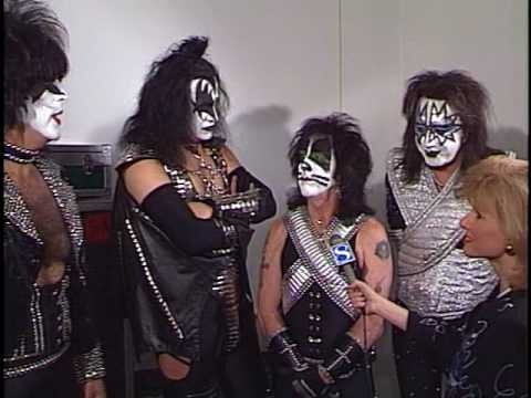 Rare Raw Kiss Backsatge 1997