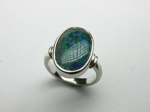 Cabochon opal ring