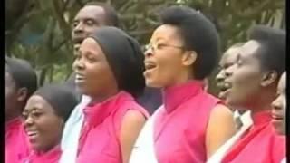 Download lagu Nk uko Imisozi Hoziana Choir MP3