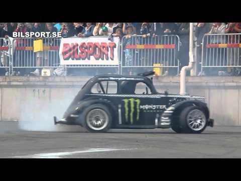 Action @ Bilsport Performance & Custom Motor Show 2011
