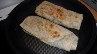 Лаваш с сыром и зеленью. Простой рецепт для пикника