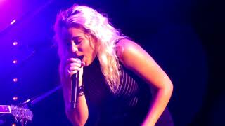 American Idol Tour 2018  Gabby Barrett Cade Foehner - How Come You Don't Call Me Never Tear Us Apart