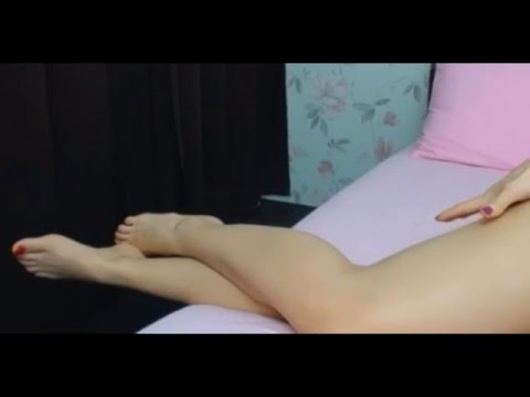 sexy mature legs and thighsKaynak: YouTube · Süre: 1 dakika18 saniye